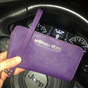 Michael kors wristlet with cellphone holder